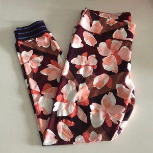 aerie Pants - AERIE printed rib cuff legging! NWOT